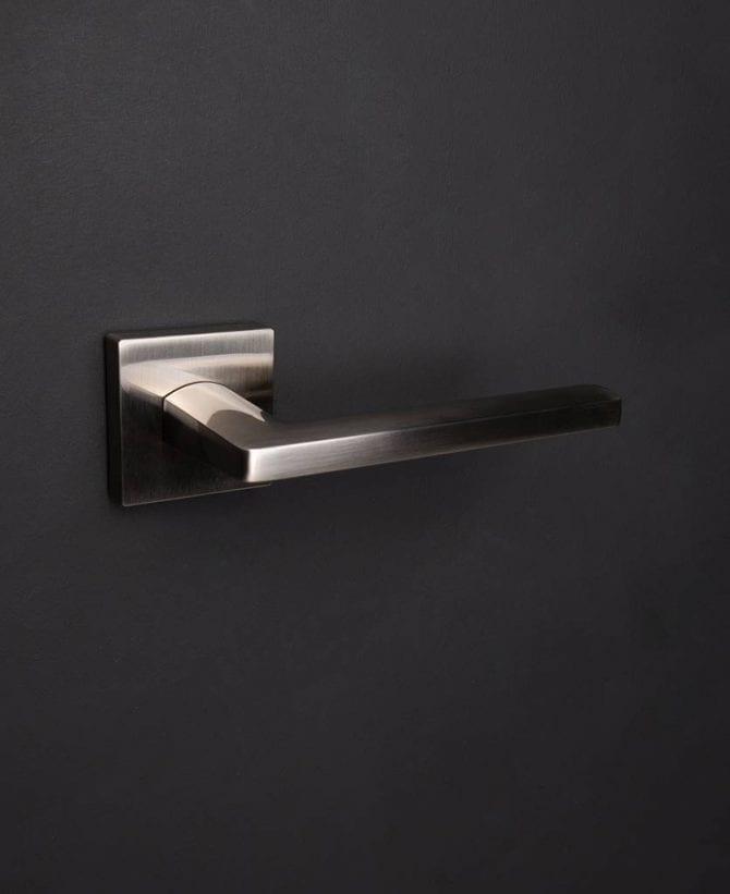 Silver lowry door handle