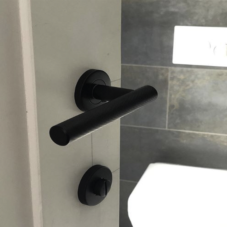 Hirst door handle