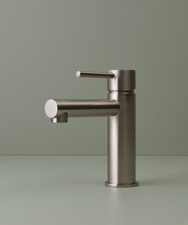 silver kagera tap side angle on green background
