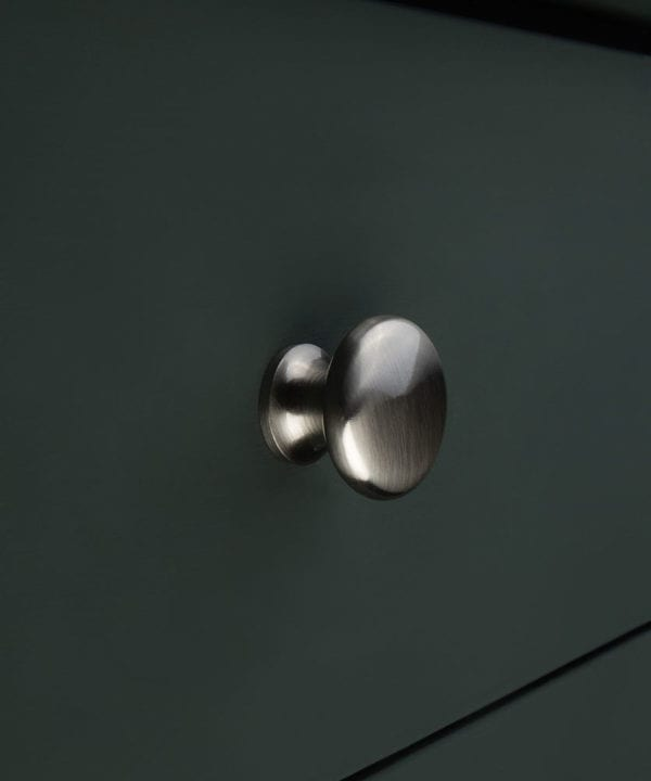 silver metal drawer knob