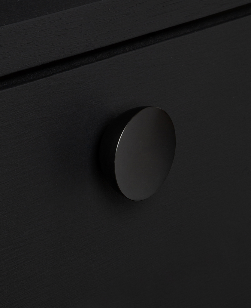 surrealist knob black