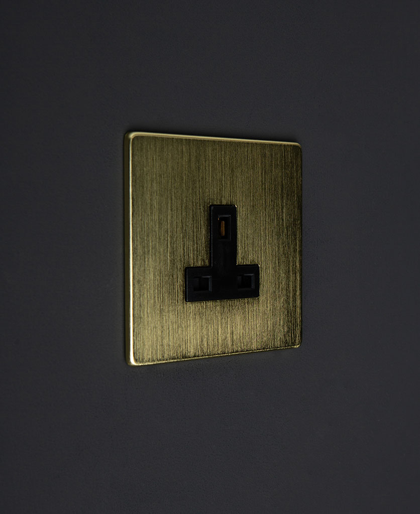 Gold single unswitched socket