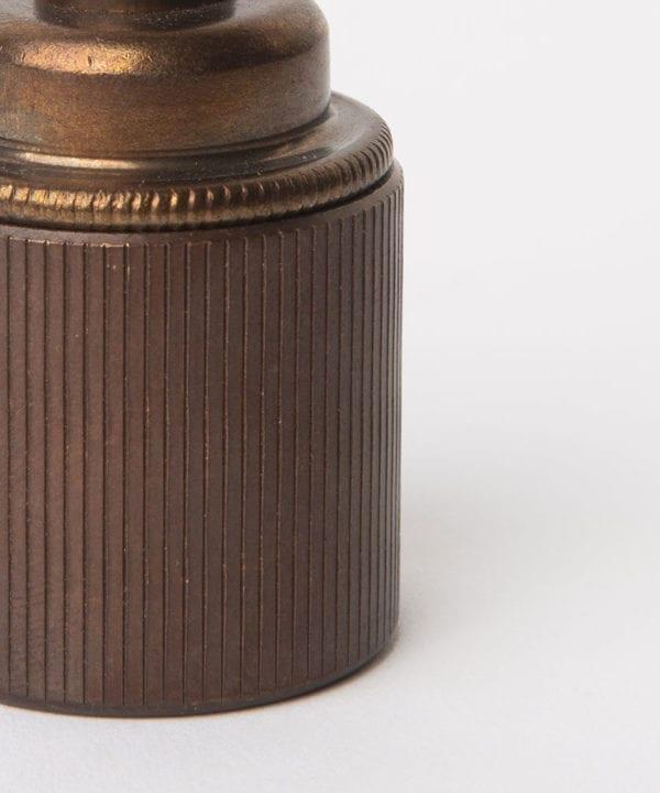 brewer's brass e27 ribbed bulb holder