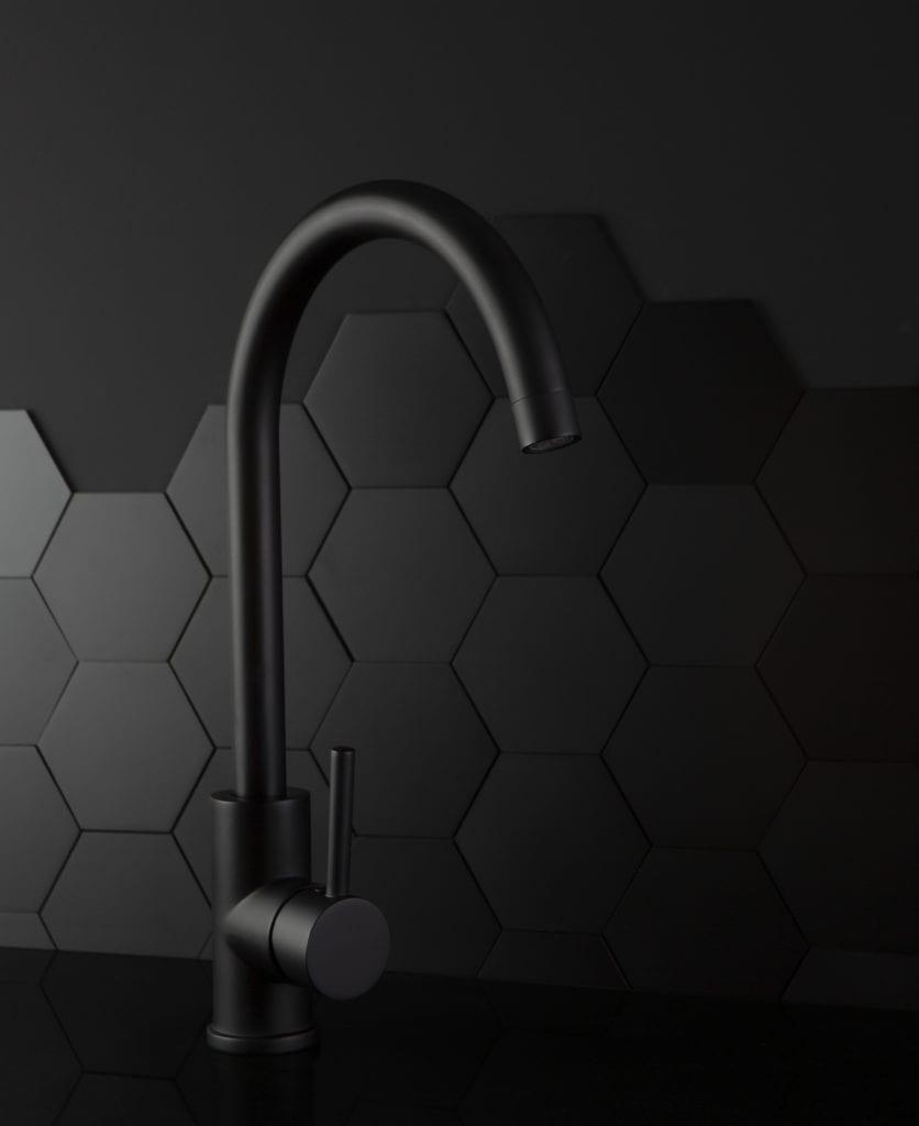 black kitchen tap tinkisso