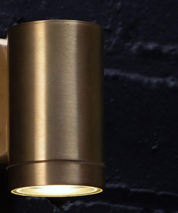 Capella-Garden-Light-Gold-Brass-Close-Up