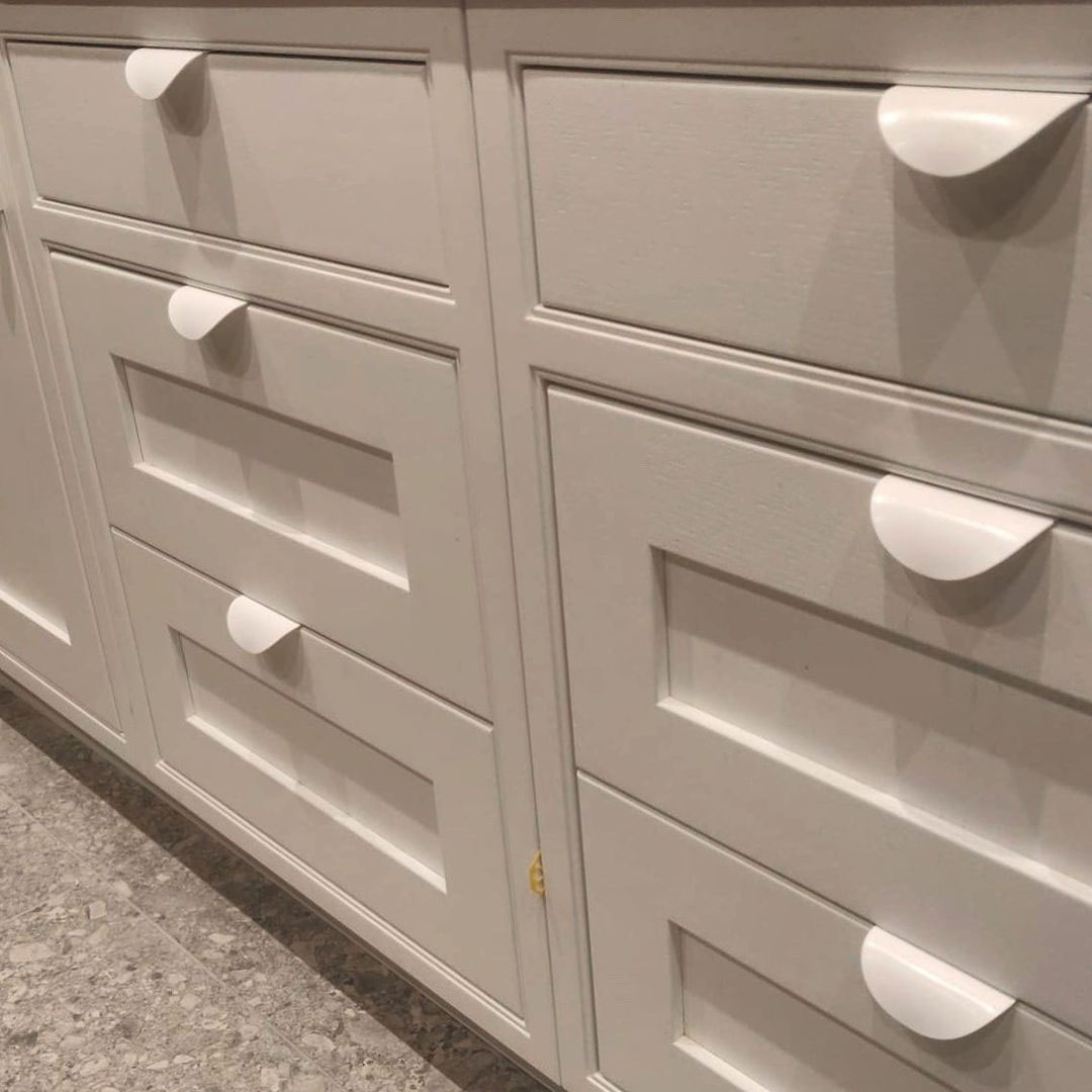white onda colour pop door handles on white drawers