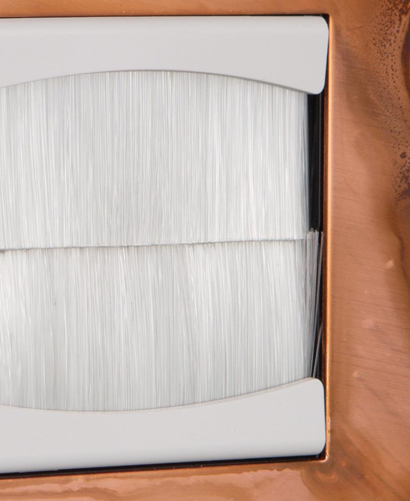 Closeup copper & white single brush plate