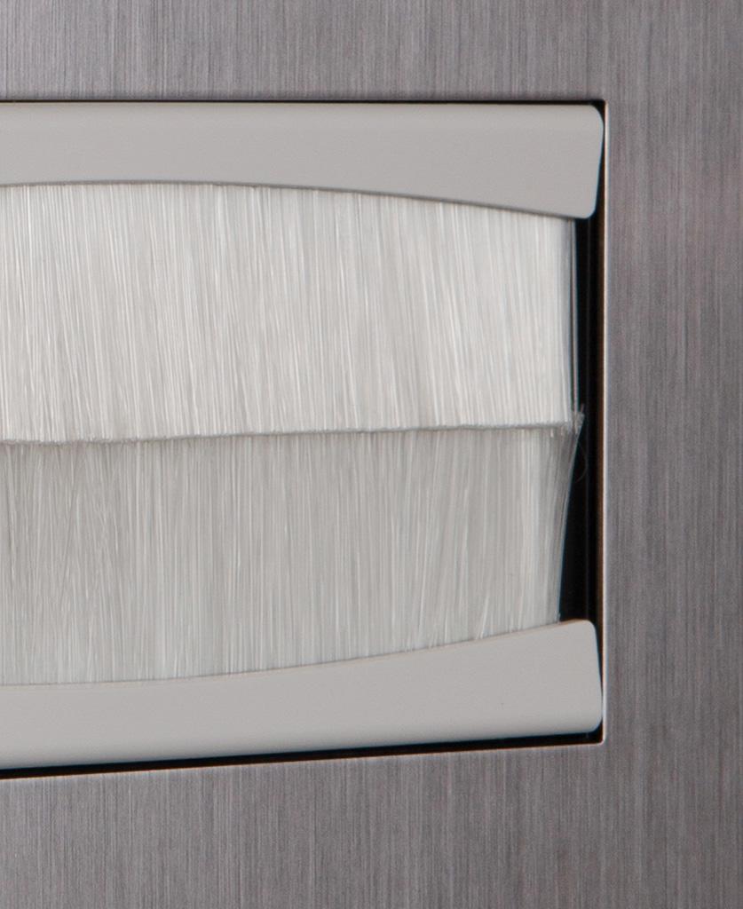 closeup silver & white double brush plate