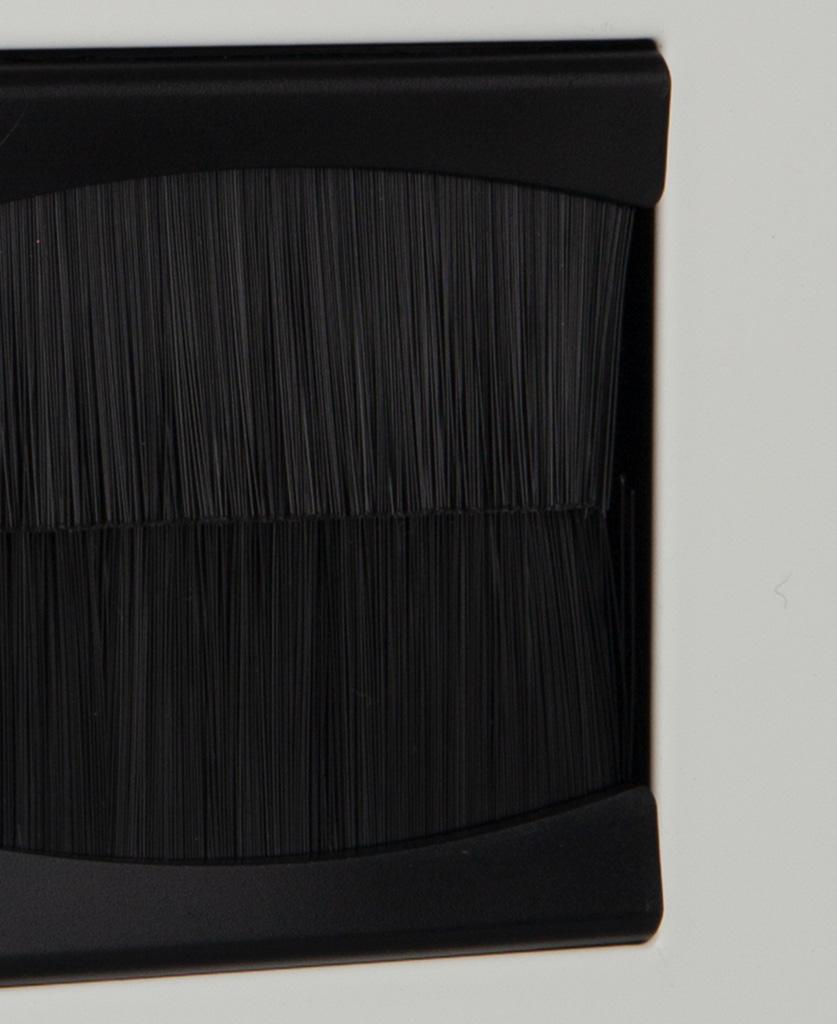 closeup white & black single brush plate