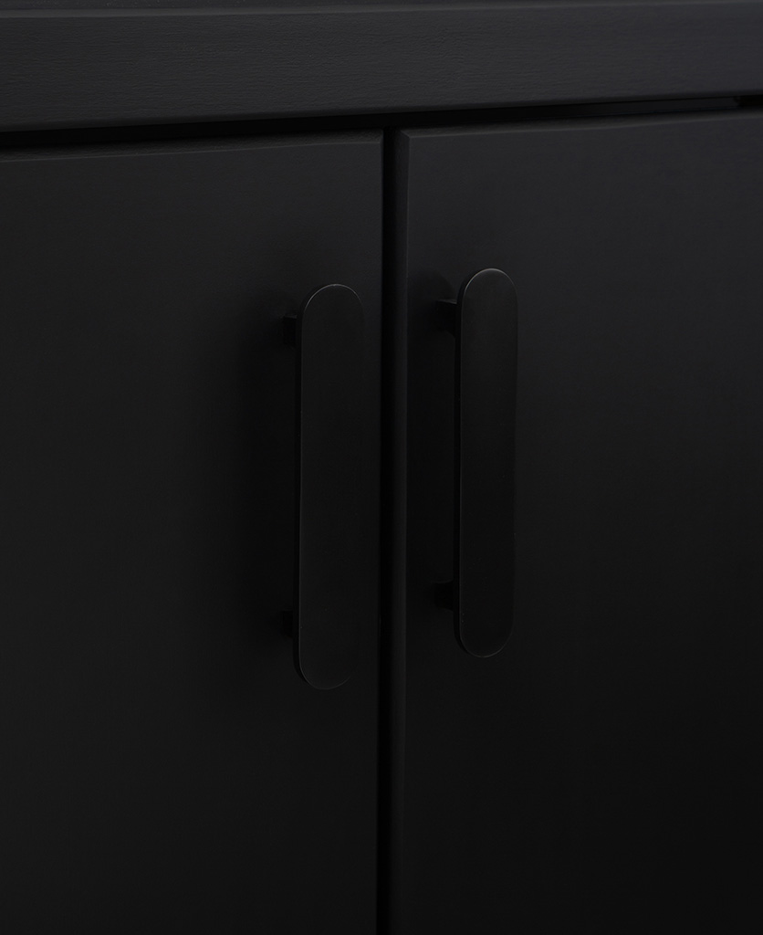 chrysler black lozenge kitchen cabinet handles on black cupboard