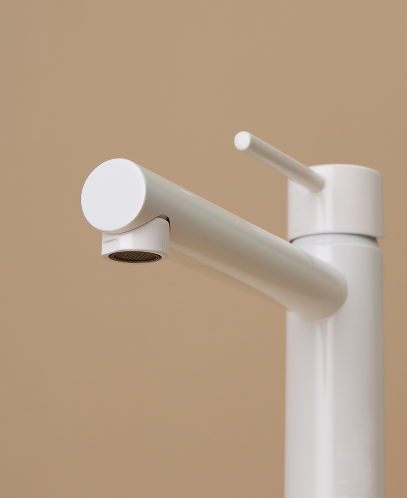 white inga tap close up of spout