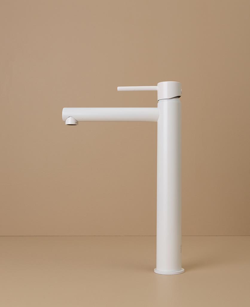 white inga tap side angle