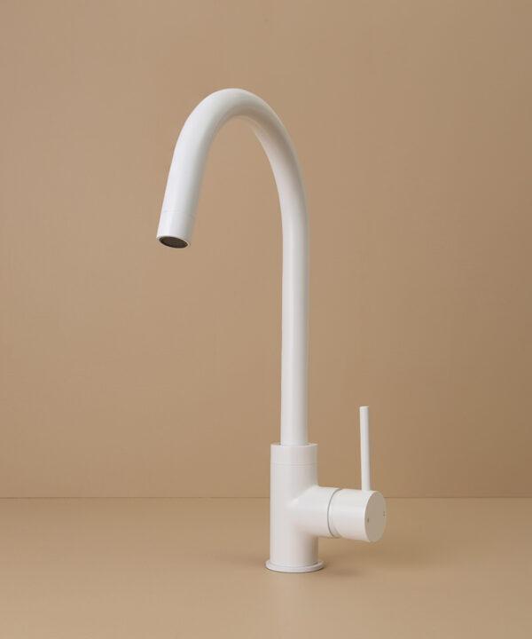 white tinkisso tap